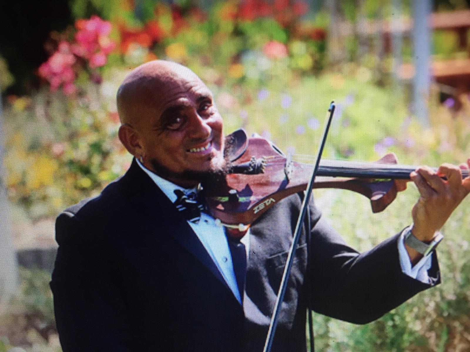 Pasquale Santos With Violin